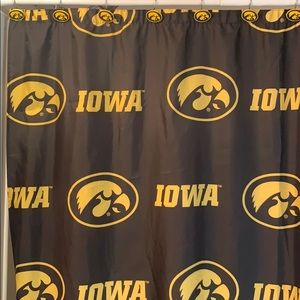 Iowa Hawkeyes bathroom set